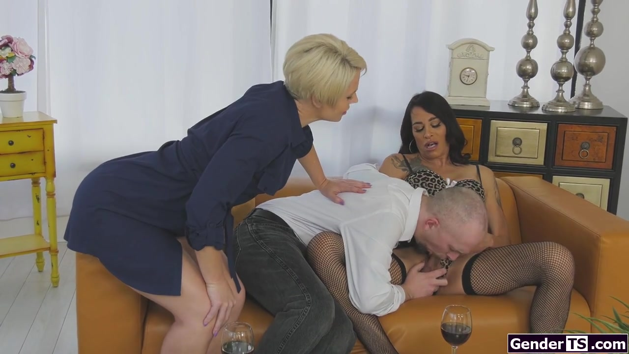 Amateur Husband Watches Wife